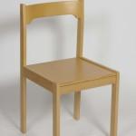 DM-9-s-dřevěným-sedákem